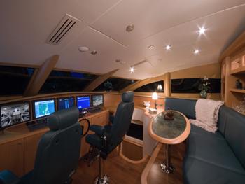 115' Lazzara LMY 116 Mega Yacht for Charter in Miami