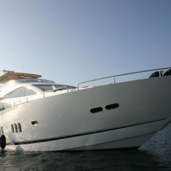 92' яхт Sunseeker Manhattan